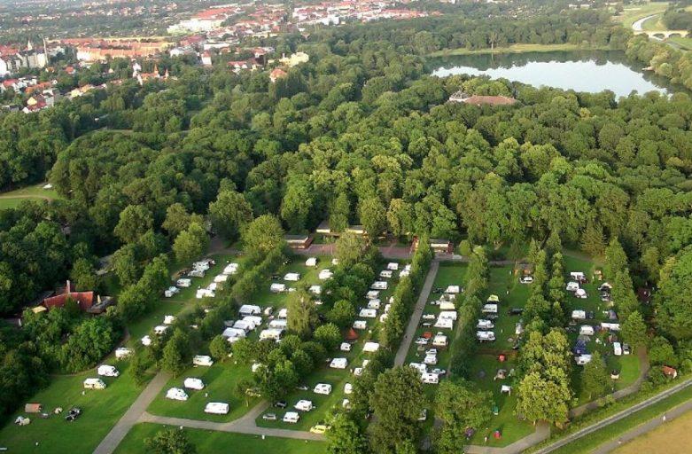 Strandrand: KNAUS Campingpark Leipzig-Auensee